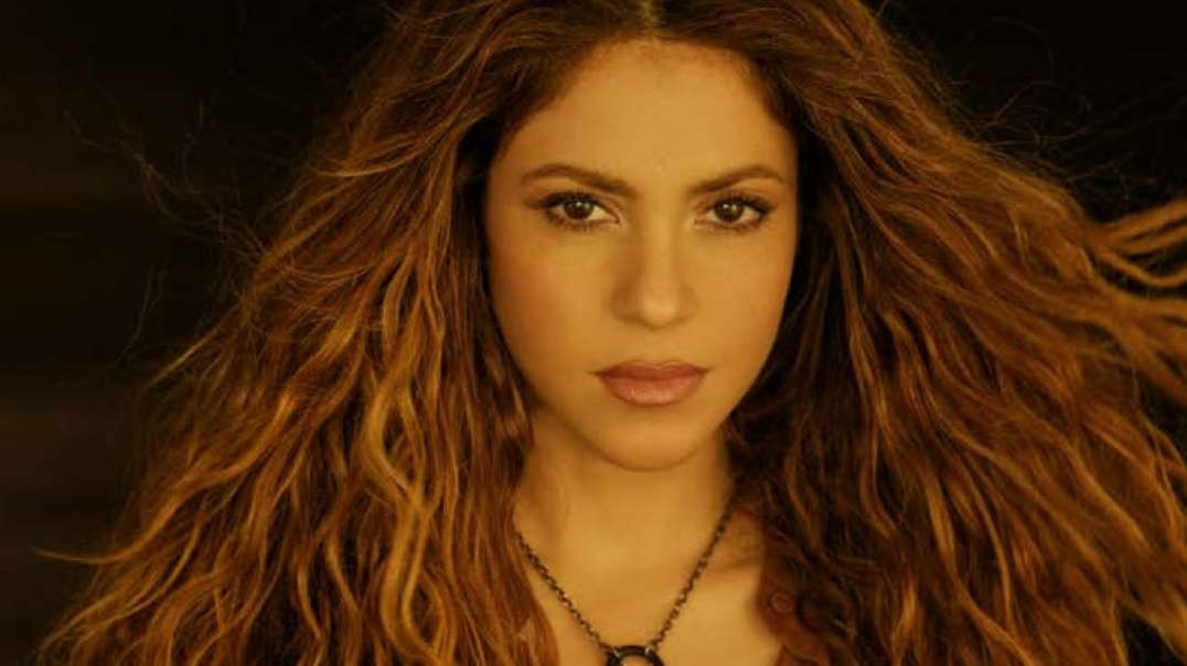 Shakira - Don't Wait Up (Official Video)